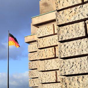 Fotograf Berlin Brandenburg, Reichstag, Fahne, Deutschland, Seightseeing, Bundestag, Plenarsaal, Stadtführung